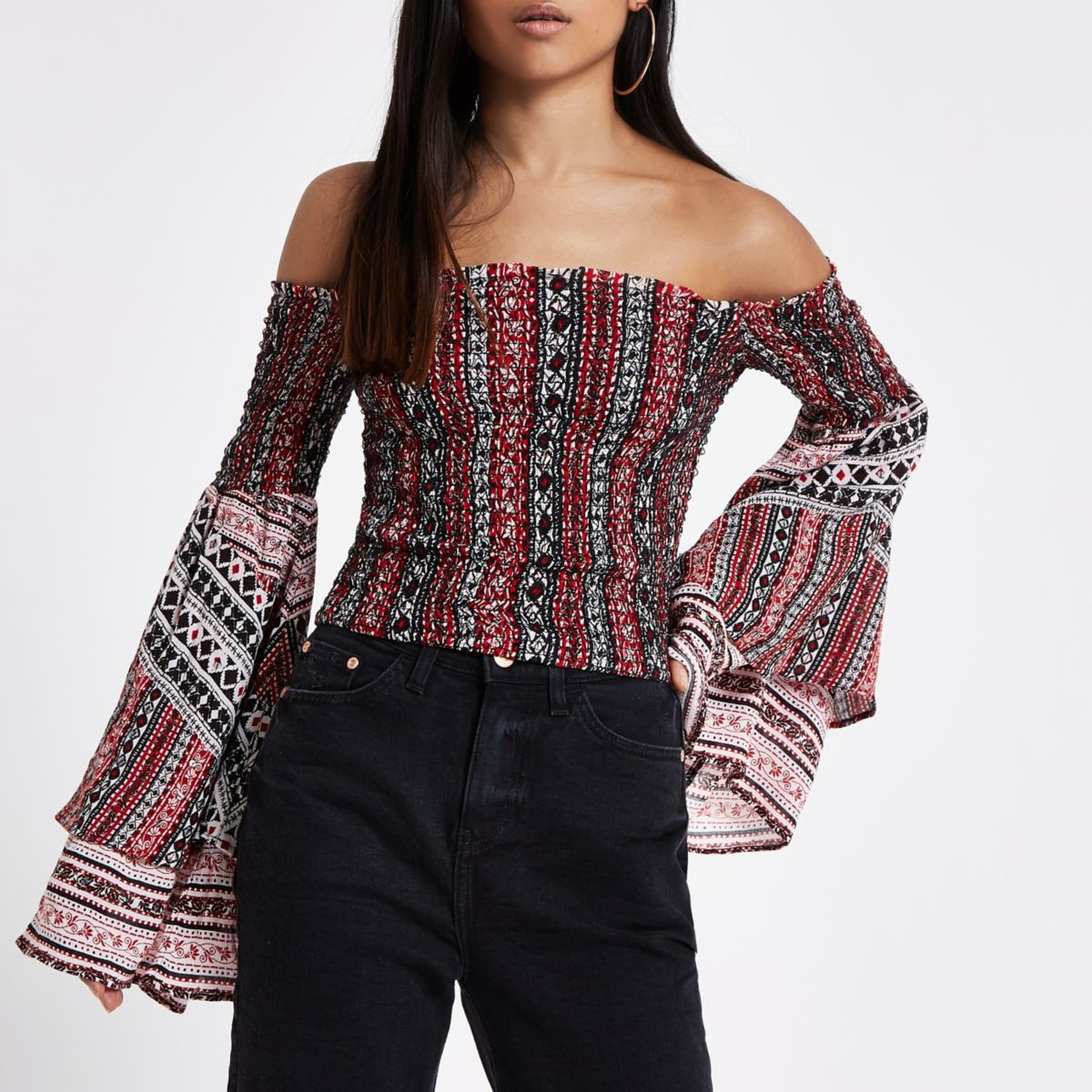 Red print flare sleeve crop top