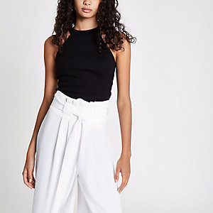 Black rib sleeveless halter crop top