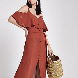 Robe longue caraco rouge boutonnée avec volant