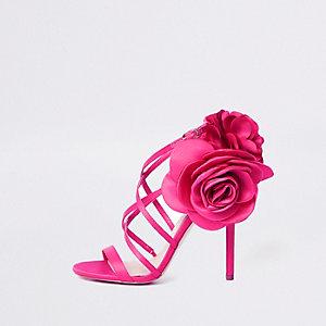 Sandales à fleurs roses à brides et talons aiguille