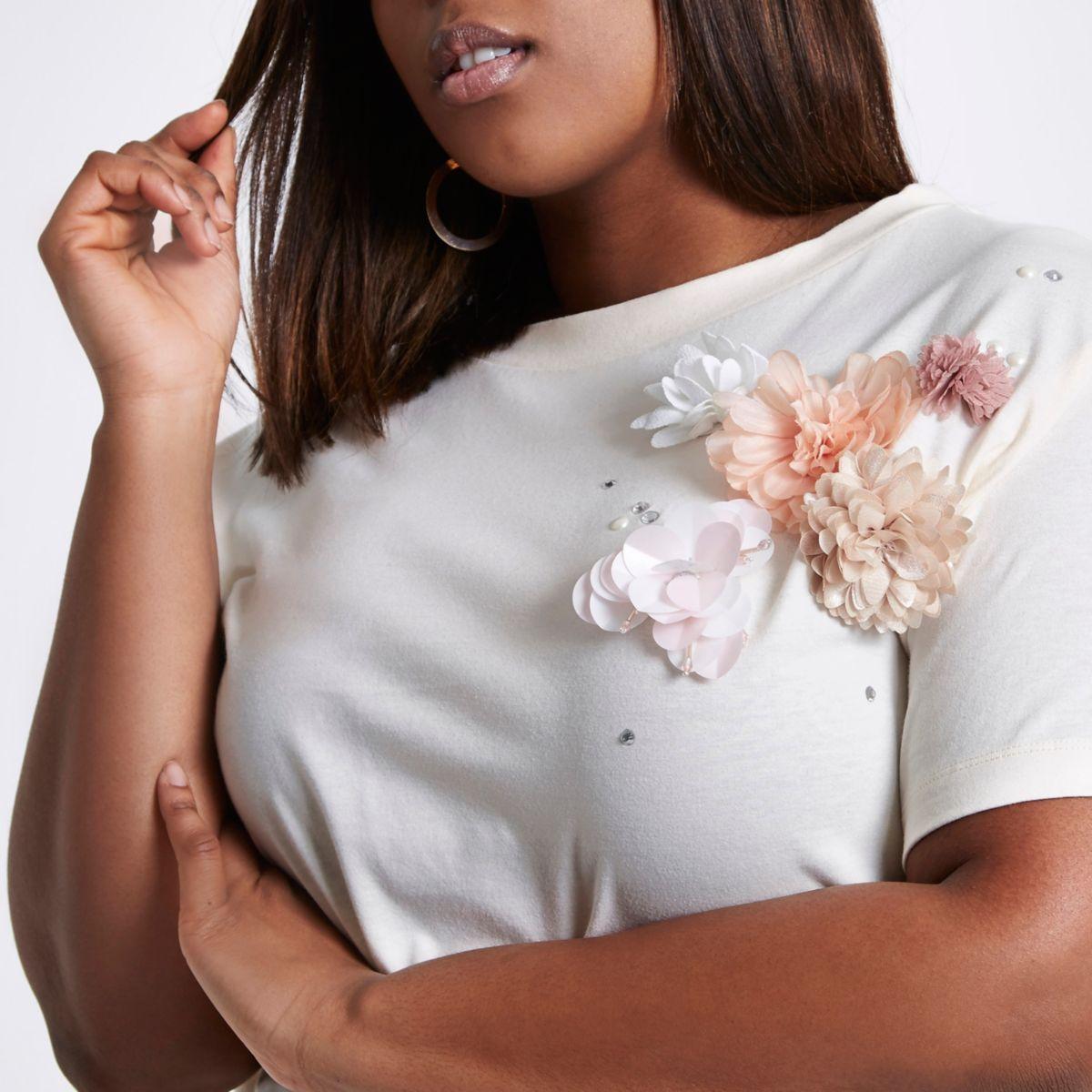 Plus cream floral corsage embellished T-shirt