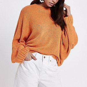 Oranger Pullover mit Fledermausärmeln