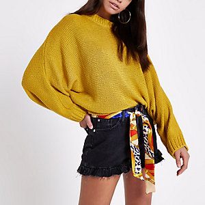 Yellow batwing jumper