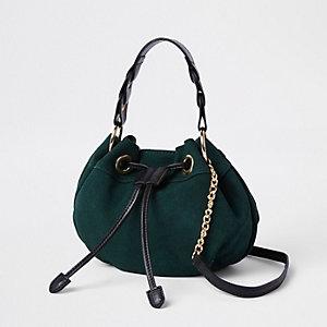 Mini sac polochon en daim vert à bandoulière
