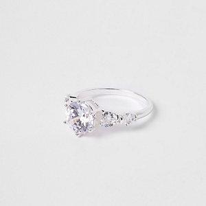 Silver tone Cubic zirconia diamante ring