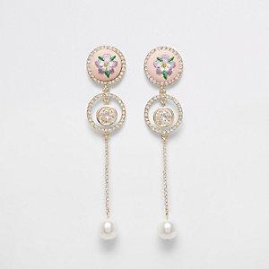 Pendants d'oreilles brodés roses à perles