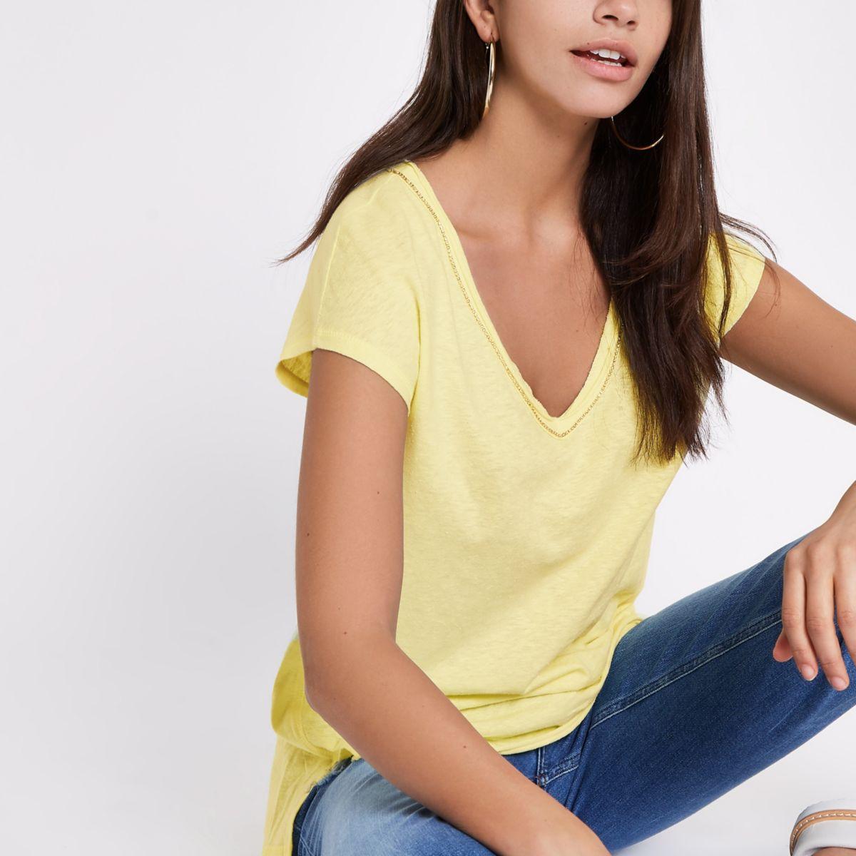 Yellow rhinestone trim V neck slouch T-shirt