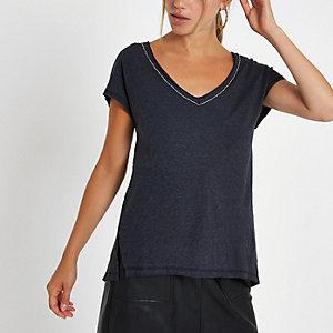 Dunkelgraues T-Shirt mit Strass und V-Ausschnitt