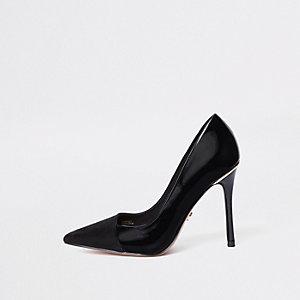 Black fold front court shoes