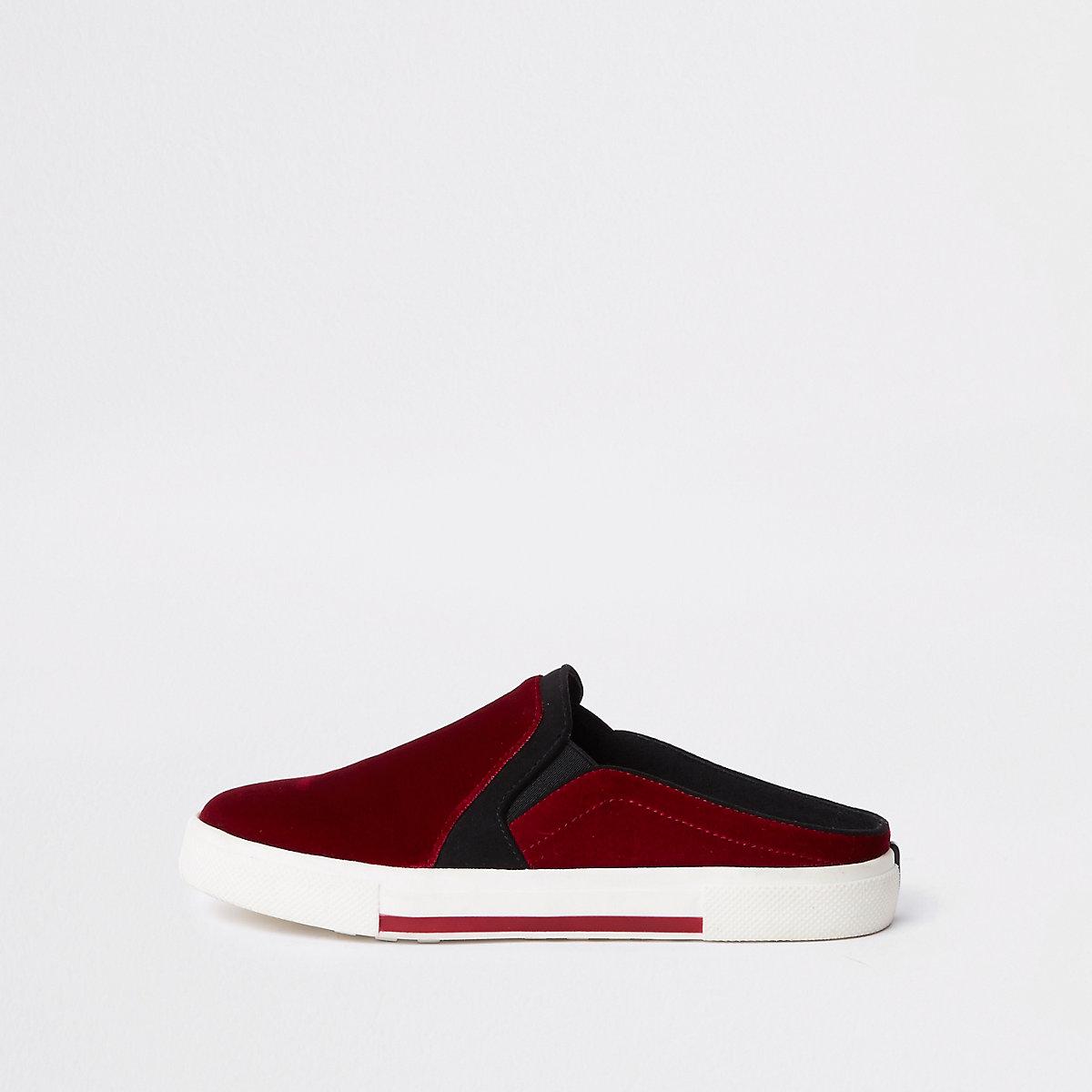 Red velvet slip-on backless plimsolls