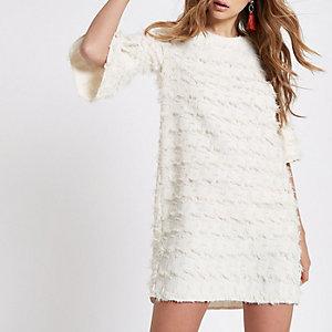 Robe trapèze blanche en jacquard à imprimé géométrique