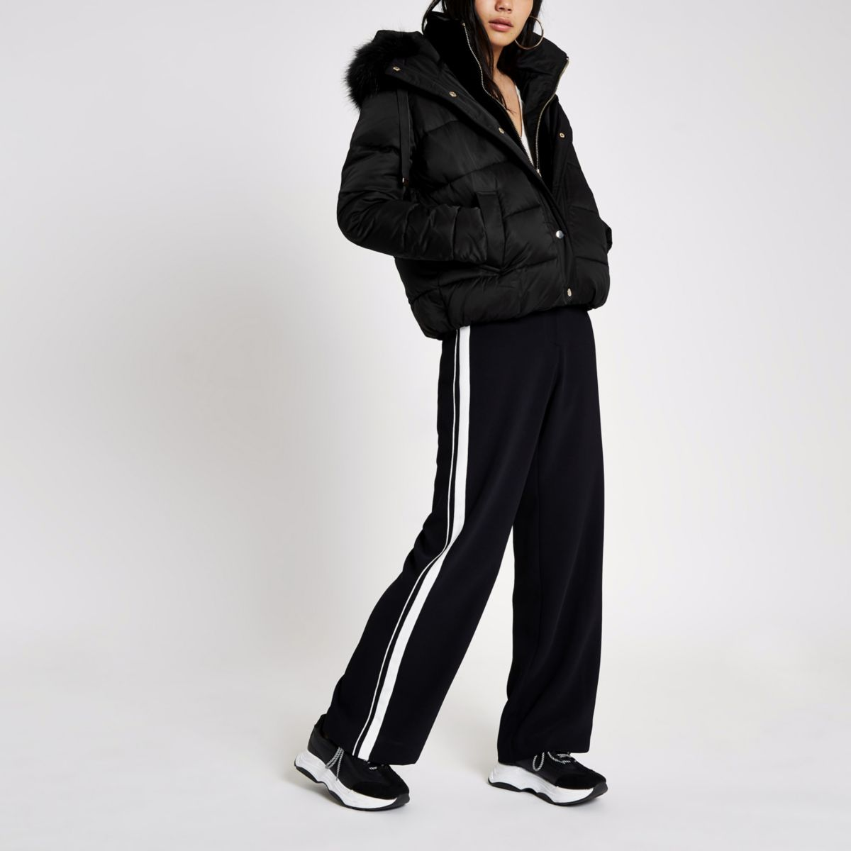 Black faux fur hood puffer jacket