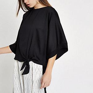 T-shirt en satin noir noué sur les côtés
