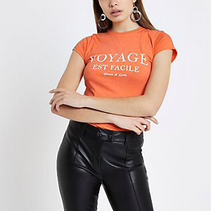 Oranje aansluitend T-shirt met 'Voyage'-print
