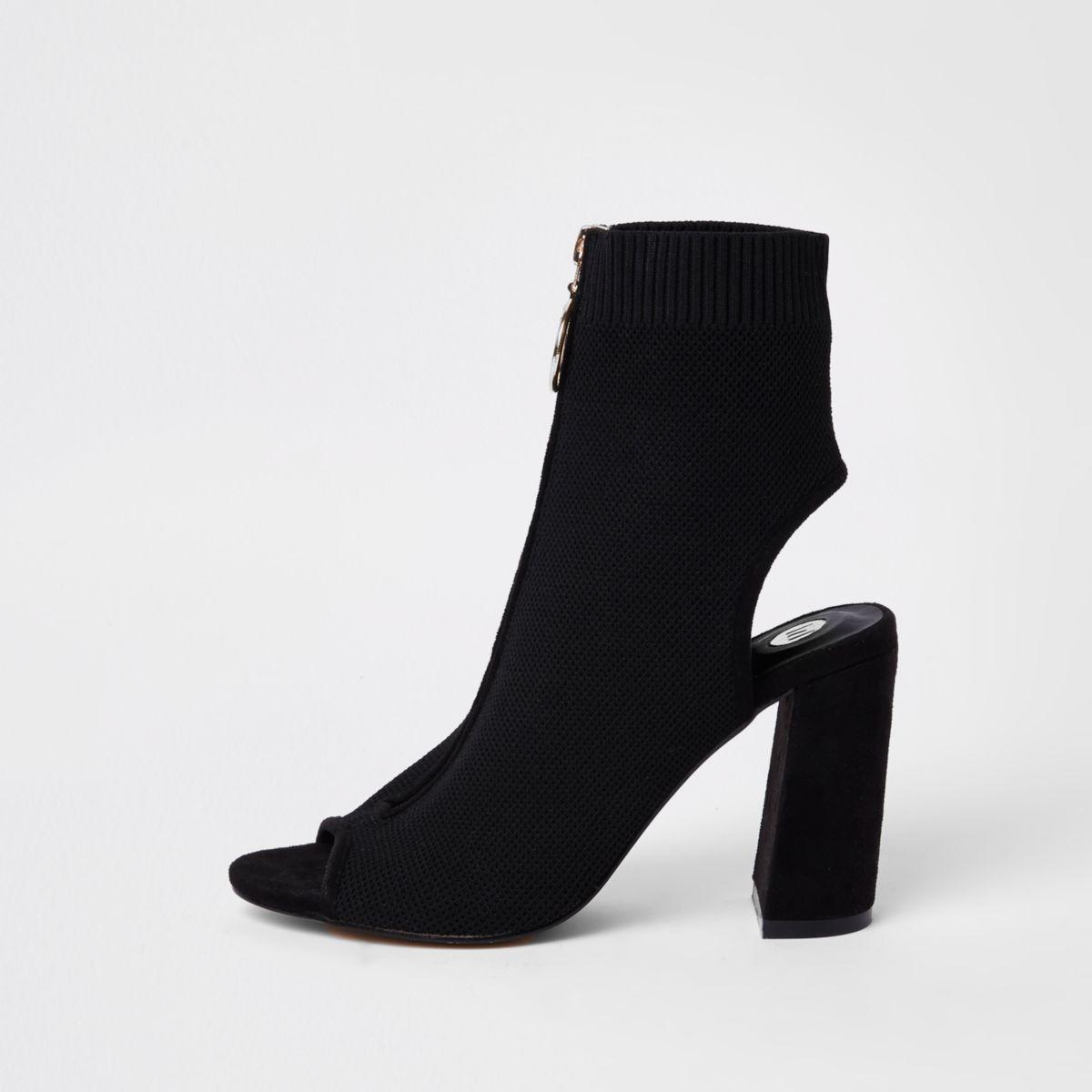 Zwarte gebreide schoenlaarsjes met rits voor