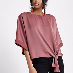 Dark pink knot side T-shirt