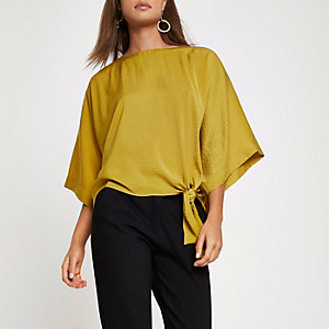 Dark yellow short sleeve knot side top