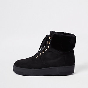 Black lace-up faux fur trims boots