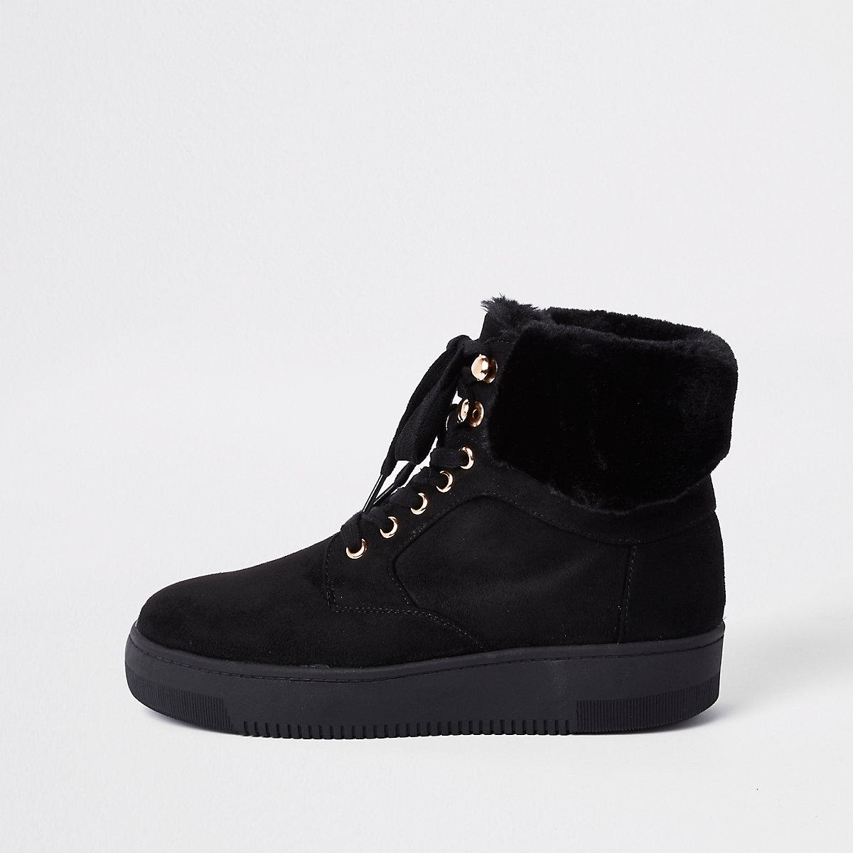 Black lace-up faux fur trims boots