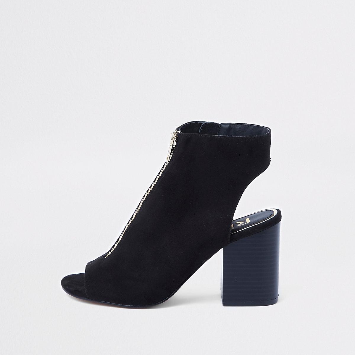 Black zip-up shoe boot