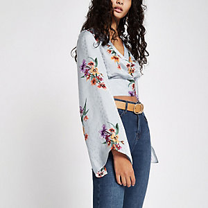 Grey floral wrap kimono sleeve crop top