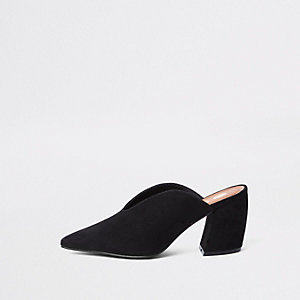 Black curved heel mules