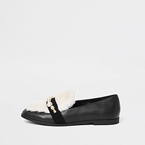 Black faux fur snaffle loafer
