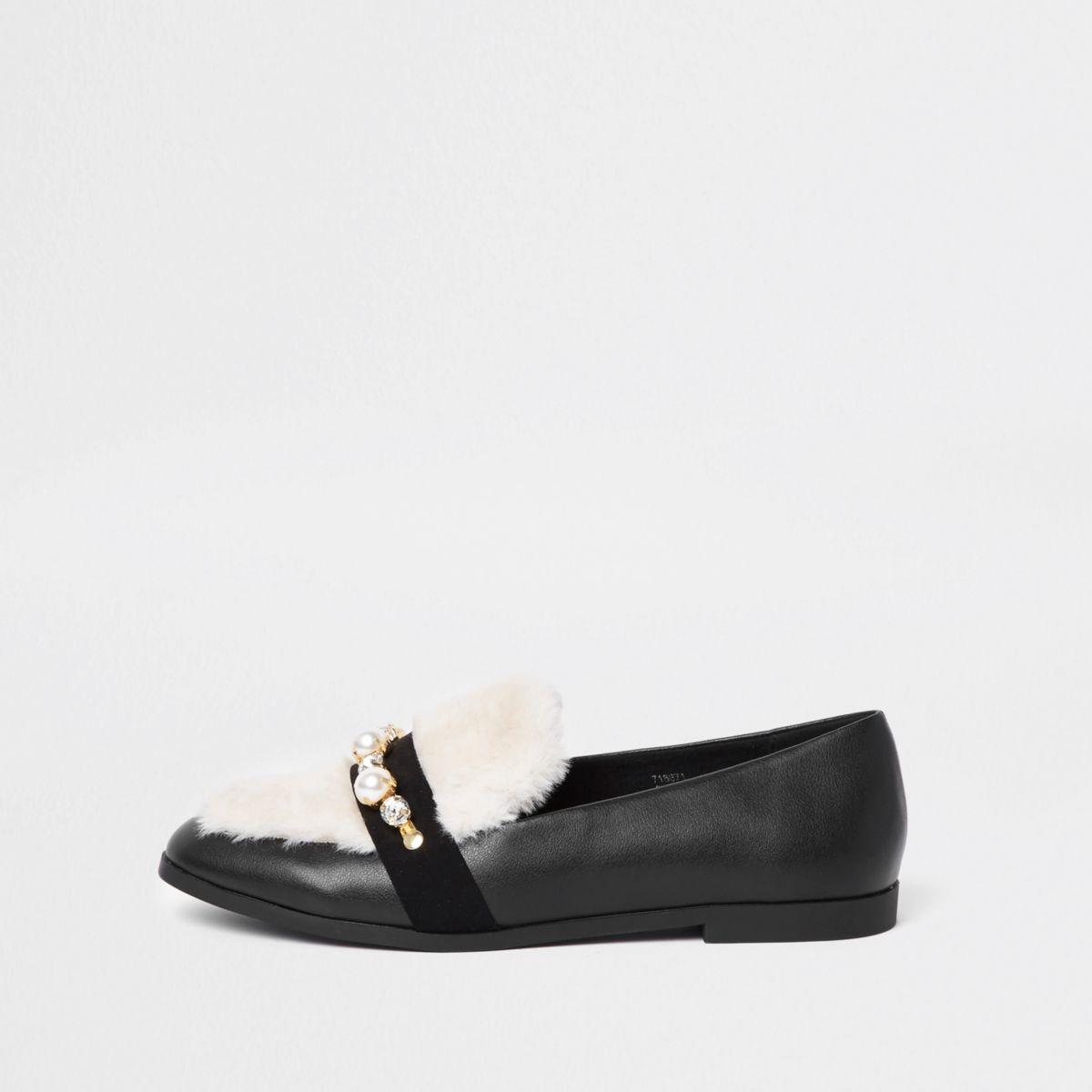 Black faux fur snaffle loafer
