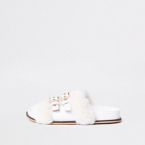 White buckle faux fur sliders