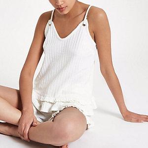 Crème geribbelde cami pyjamatop met ruches aan de zoom