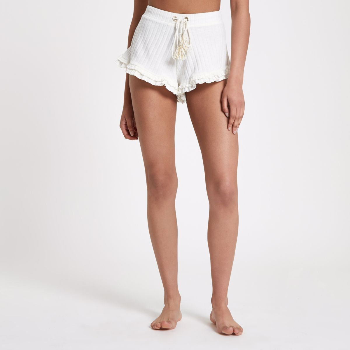 Cream frill hem ribbed pyjama shorts