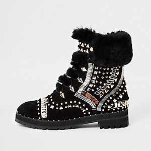 RI 30 black faux fur trim embellished boots