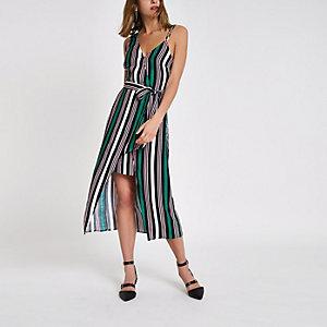 Groene gestreepte midi-jurk met blote schouder