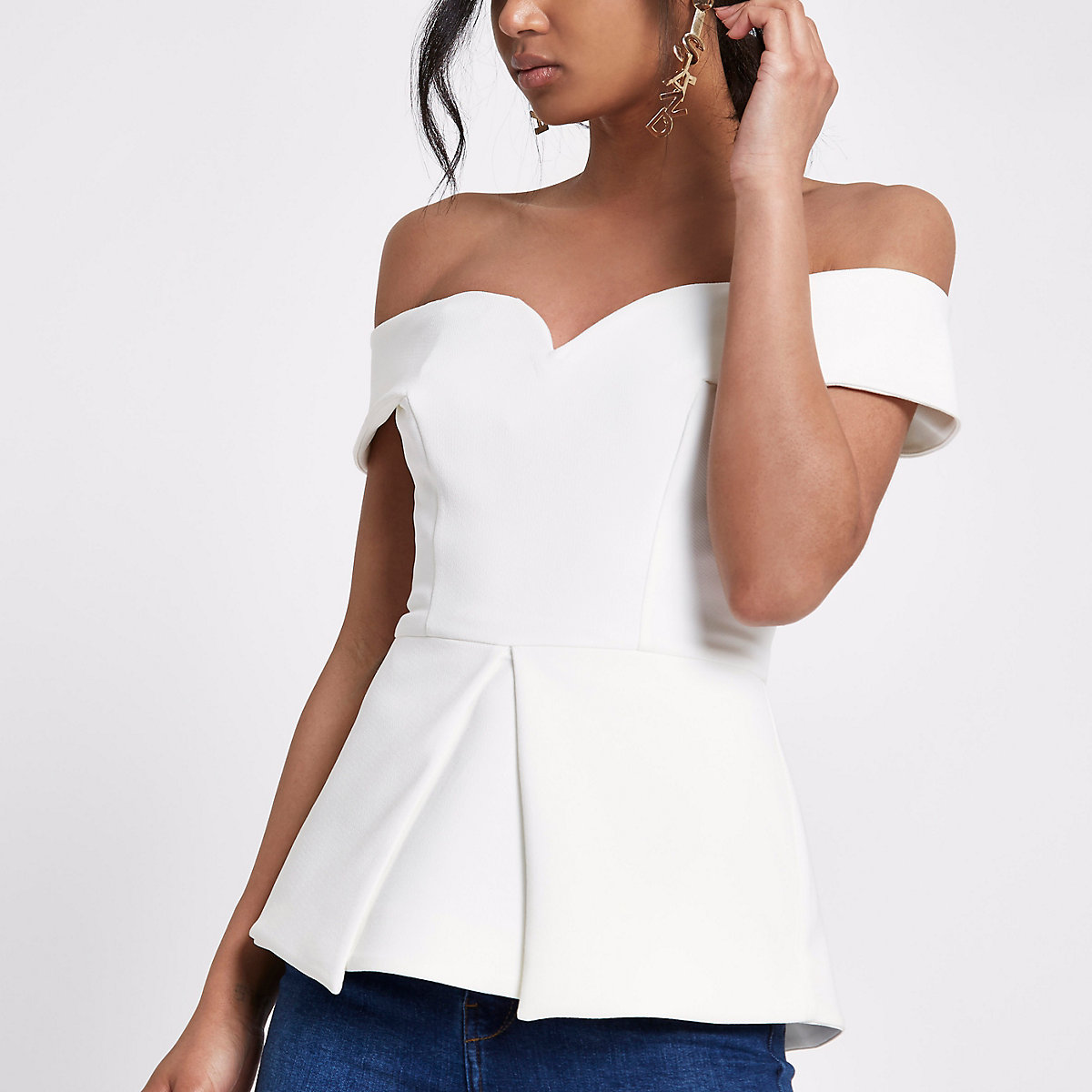 ... White structured bardot top ...