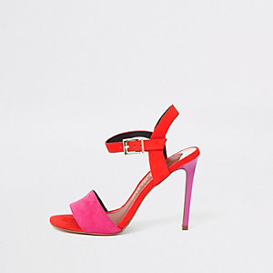 Rode tweedelige sandalen met brede pasvorm en stilettohak