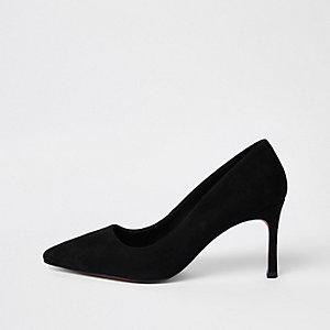 Escarpins à bouts pointus en daim noir