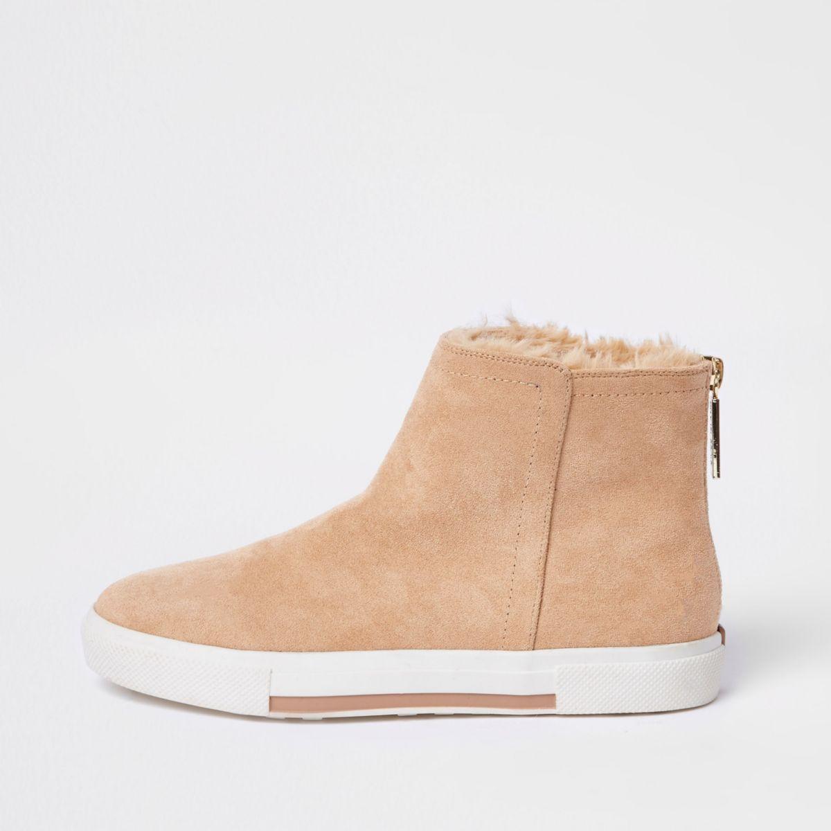 Beige wide fit faux fur lined boots