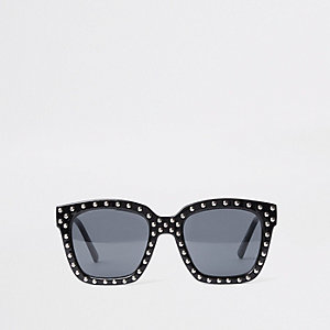 Black stud oversized sunglasses