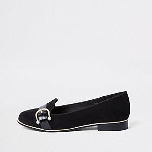 Schwarze Loafer mit Schnalle