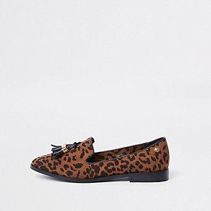 Bruine loafers met luipaardprint, kwastjes en brede pasvorm