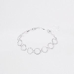 Collier ras-de-cou en cercle argenté orné de strass