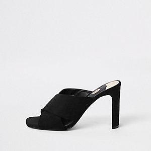 Sandales mules noires à brides croisées et talon fin