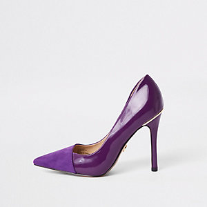 Purple fold front pumps
