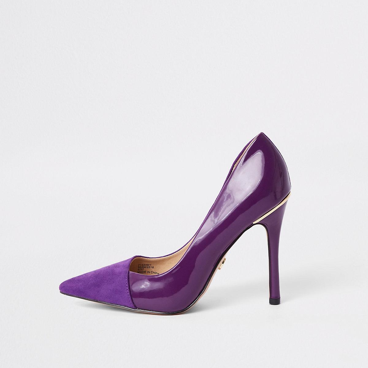 Purple fold front pumps