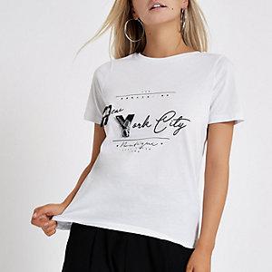 RI Petite - Wit verfraaid T-shirt met 'New York'-print