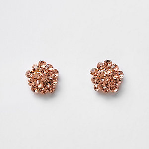 Roségoudkleurige oorknopjes met diamantjes
