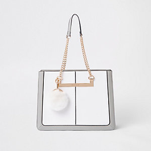 White chain handle pom pom tote bag