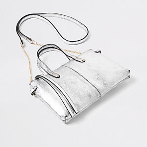 Mini sac à bandoulière en cuir argenté métallisé