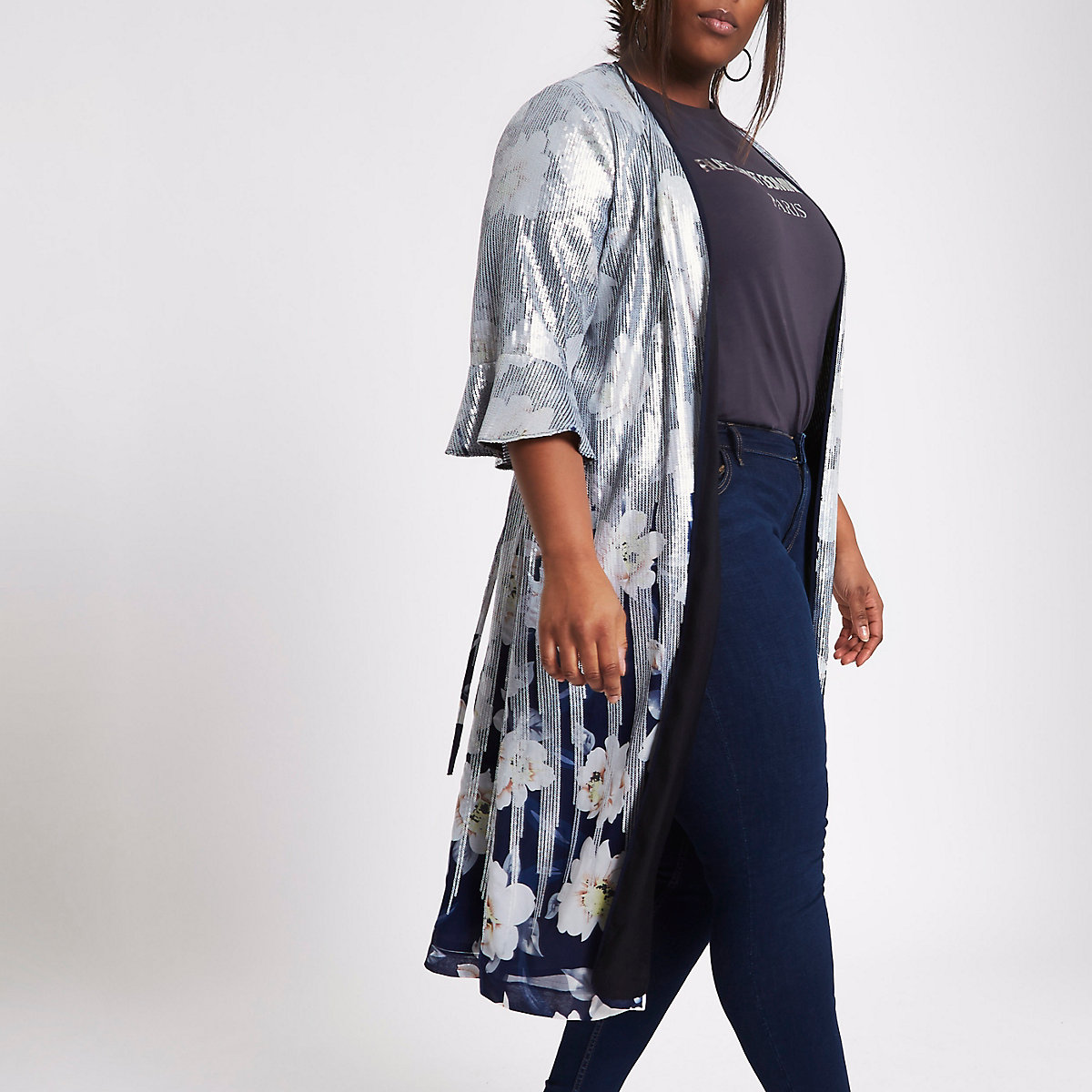 RI Plus - Marineblauwe dusterjas met bloemenprint en pailletten
