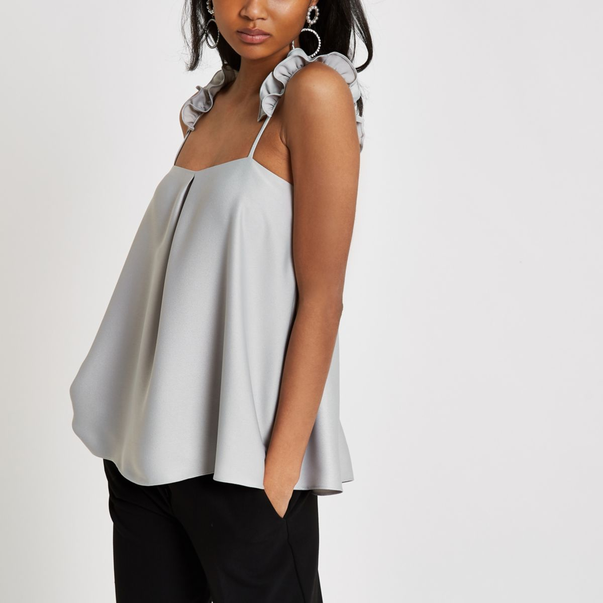 Shop Lulus for a big selection of blouses and dressy tops perfect for special occasions. Super low prices and FREE SHIPPING on orders over $